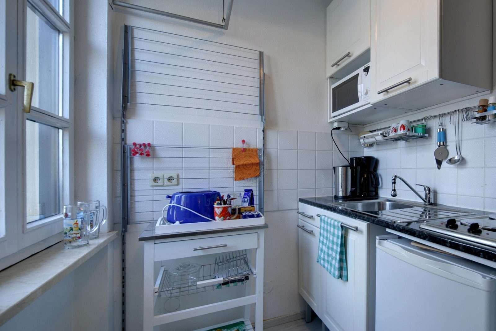 Own small kitchen with complete equipment